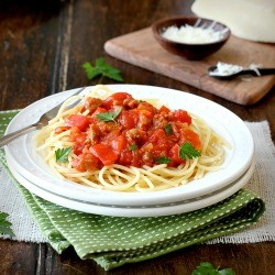paghetti with Sausage and Grape Tomato Ragout