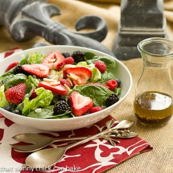 Spinach Almond and Berry Salad Recipe