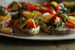 Peach and Tomato Crostini Recipe