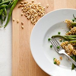 Spinach Pesto with String Beans Peas and Pasta
