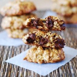 Banana Oatmeal Cookies with Chocolate Chips Recipe
