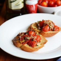 Bruschetta with Cherry Tomatoes Recipe