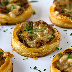 Caramelized Onion Mushroom Gruyere Puff Pastry