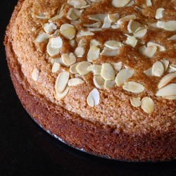 Wholemeal Almond Cake
