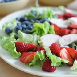 Berries and Rosemary Chicken Salad Recipe