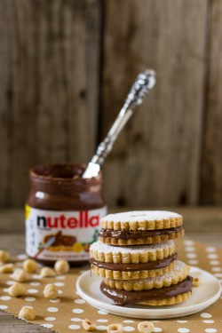 Nutella Sandwich Cookie Recipe