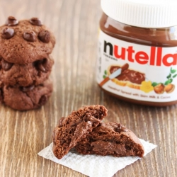 Nutella Stuffed Chocolate Cookies Recipe