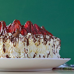 Serious Chocoholics Fresh Strawberry Cake Recipe