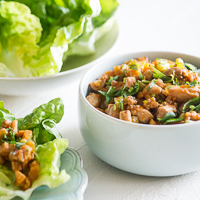 Sriracha Chicken Lettuce Cups Recipe