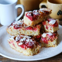 Strawberry Almond Cake Bars Recipe