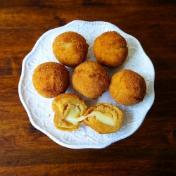 Fried Potato Cheese Balls