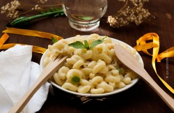 Macaroni and Gouda Cheese