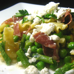 Pasta with Spinach Asparagus Feta and Prosciutto
