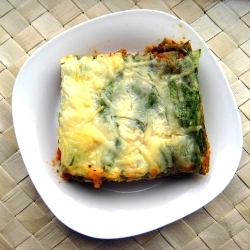 Handmade Spinach Pasta for Lasagna with Bechamel and Ragu