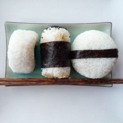 How to Shape Onigiri