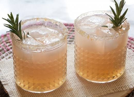 Grapefruit and Rosemary Spritzer