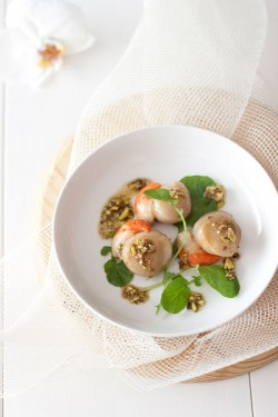 Scallops with Pistachio Oil Recipe