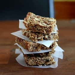 Almond Date Breakfast Bars Recipe