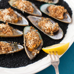 Greenshell Mussels with Herbed Breadcrumbs
