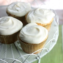 Pear Spice Cupcakes with Cream Cheese Frosting