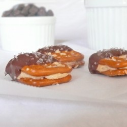 Chocolate Peanut Butter Pretzel Bites Recipe