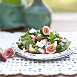 Fig Goat Cheese and Spinach Salad Recipe