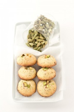 Pistachio Cardamom Rice Biscuits Recipe