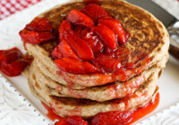 Whole Wheat Pancakes with Strawberry Sauce Recipe