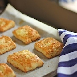 Cheesy Buttery Soft Biscuits Recipe