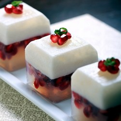 Coconut Pomegranate Lime Kanten