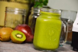 Kiwi Pineapple Pear Smoothie Recipe