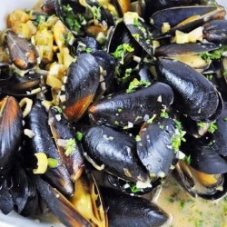 Mussels in Coconut Saffron Cream Recipe