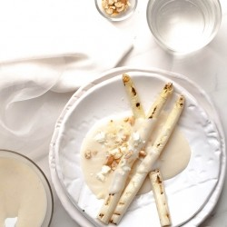 White Asparagus with Bechamel Sauce Recipe