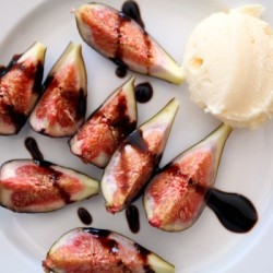 Figs Mascarpone and Balsamic Crema