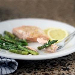 Lemony Salmon Asparagus Packs Recipe