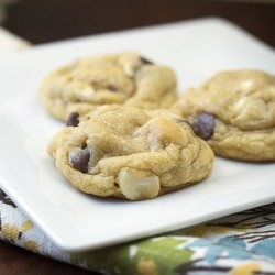 Macadamie White and Milk Chocolate Cookies Recipe