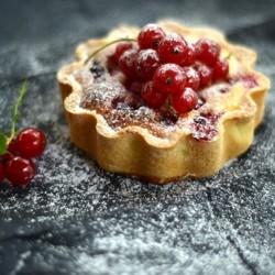 Mini Red Currant Pies Recipe