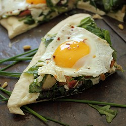 Peach Pine Nuts and Mixed Greens Pizza with Ricotta and Fried Egg Recipe