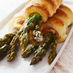 Puff Pastry and Prosciutto wrapped Asparagus Recipe