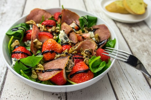 Bacon Strawberry and Blue Cheese Salad Recipe
