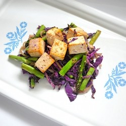 Baked Tofu with Purple Cabbage and Asparagus