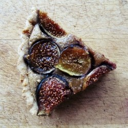 Fig Walnut Cinnamon Tart Recipe