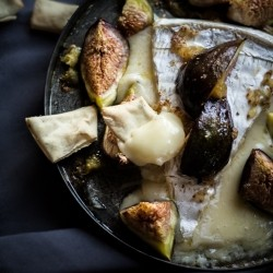 Figs and Baked Brie Recipe