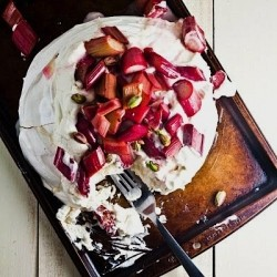 Rhubarb Cream Pavlova Recipe