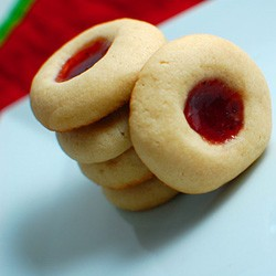 Thumbprint Cookies with Strawberry Raspberry Jams