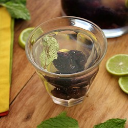 Water with Blackberries Lime and Mint Recipe