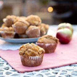 Apple Cinnamon Muffins with Sugar Topping