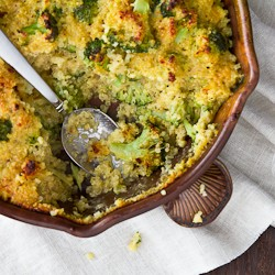 Cheesy Broccoli Quinoa Casserole Recipe