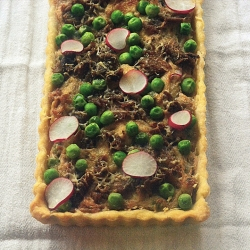Eggless Cauliflower and Pea Tart Recipe