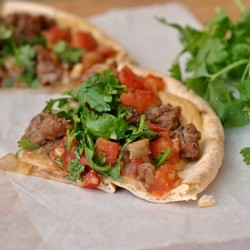 Lamb and Hummus Pita Pizzas Recipe